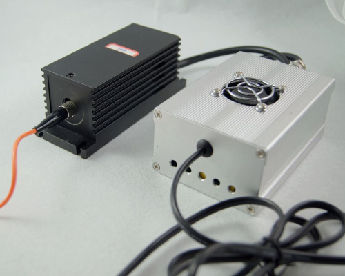 808nm Fiber Coupled Semiconductor Laser w/h PSU for Lab/Research