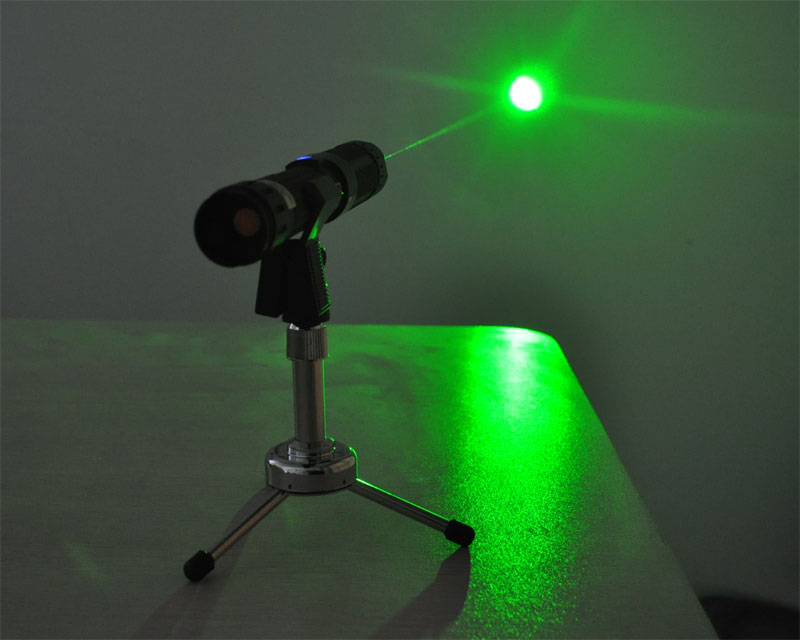 Burning Green Laser Pointers High Powered 300mW