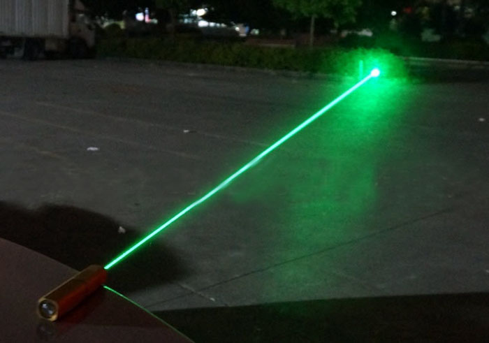 Non Lethal Green Laser Dazzler Self Defense Flashlight