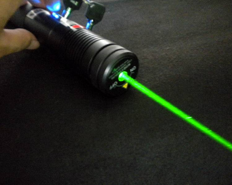 15497ff7396 500mW 532nm Green Laser Pointers 500mW Green [] - $480.00 : High ...