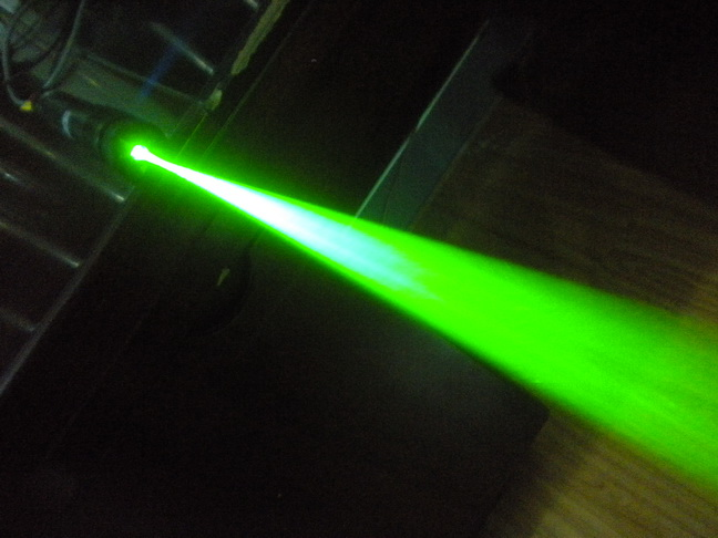High Power Green Laser Dazzler Non-lethal Dazzler Weapon Eye Safe 532nm 300mW Green Beam