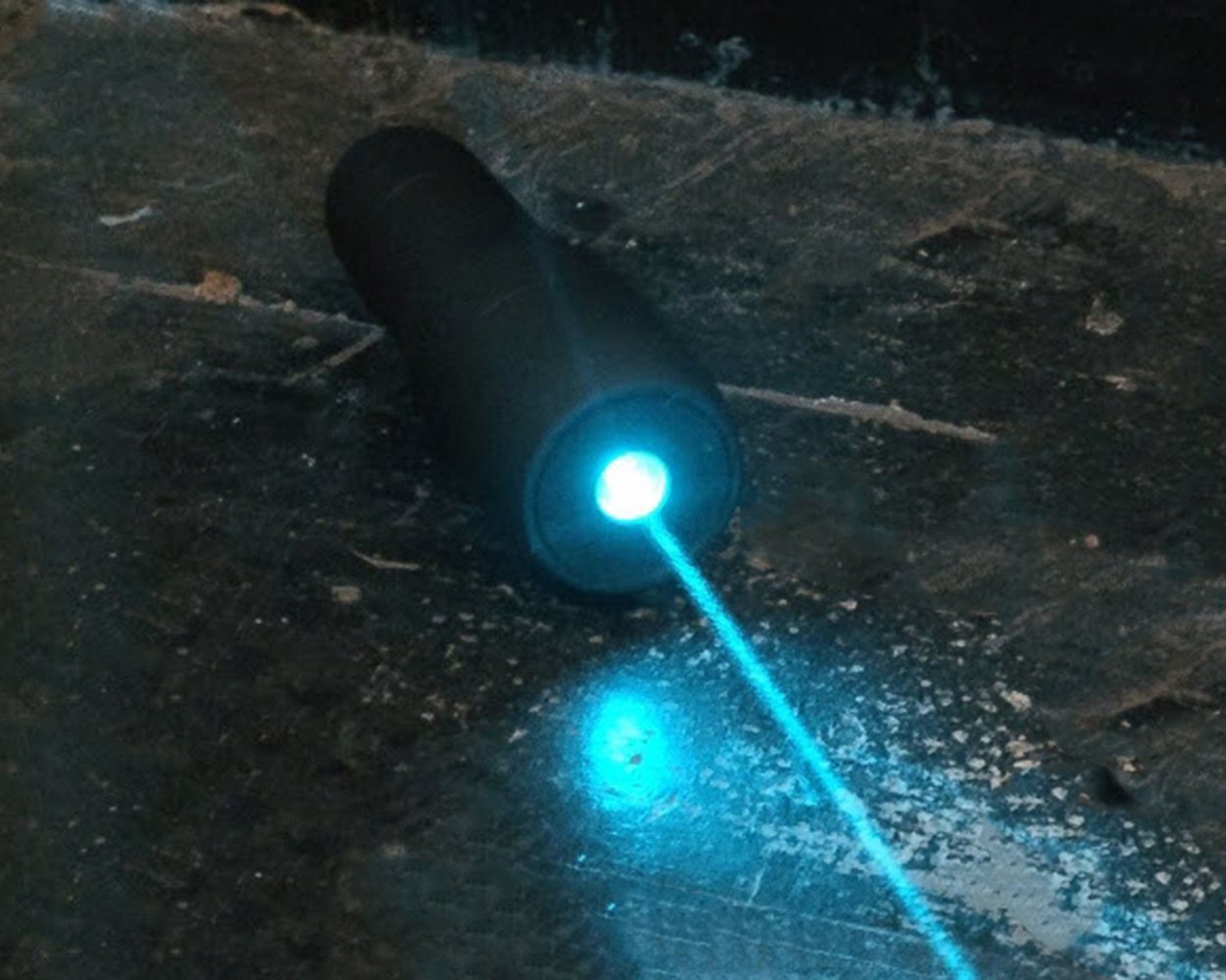 New Style Waterproof 488nm 60mW Blue Laser Pointer