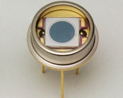 S11499-01IR-enhanced Si PIN photodiode
