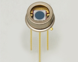 S11499IR-enhanced Si PIN photodiode - Click Image to Close